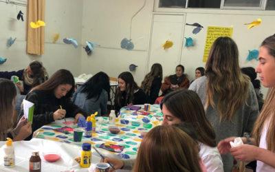 15 niños participaron de la celebración: Conejo de Pascua visitó hospedería mujeres